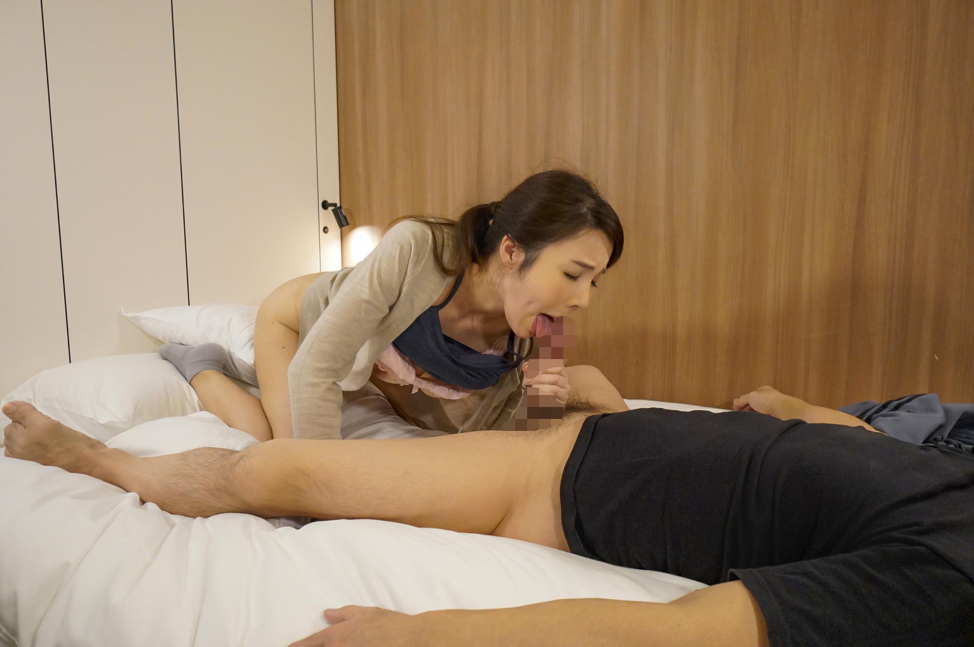 十年以上もセックスレスの美魔女マッサージ師に生挿入 恵麻48歳 画像8
