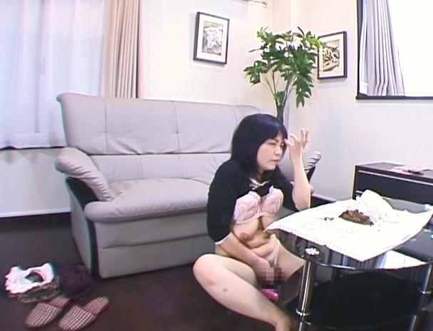 幼妻は自宅で大便まみれオナニーが日課です。 画像5