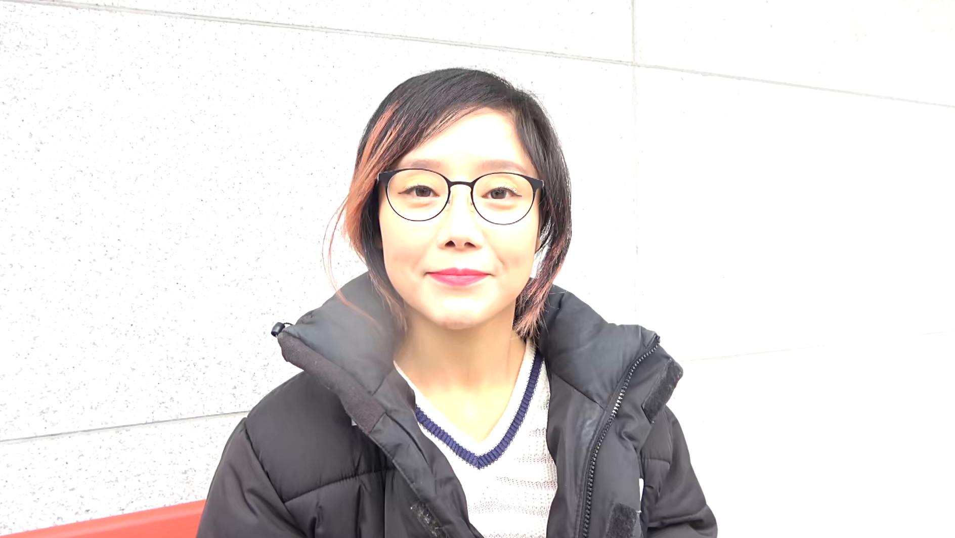 韓国で見つけた見た目から従順そうな彼女は、どこまでヤラれても無垢な希少種!服を脱がされても信じて疑わない!電マでトロンとさせればチ〇ポもしゃぶる! 画像1