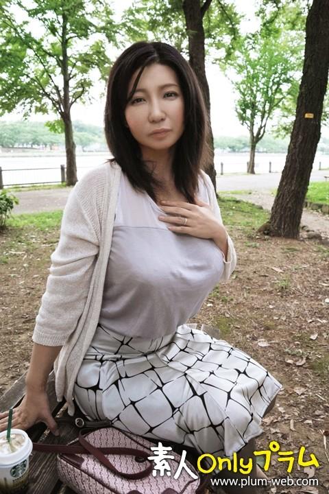 素人敏感人妻熟女生中出し 076 さゆり 35歳 画像21