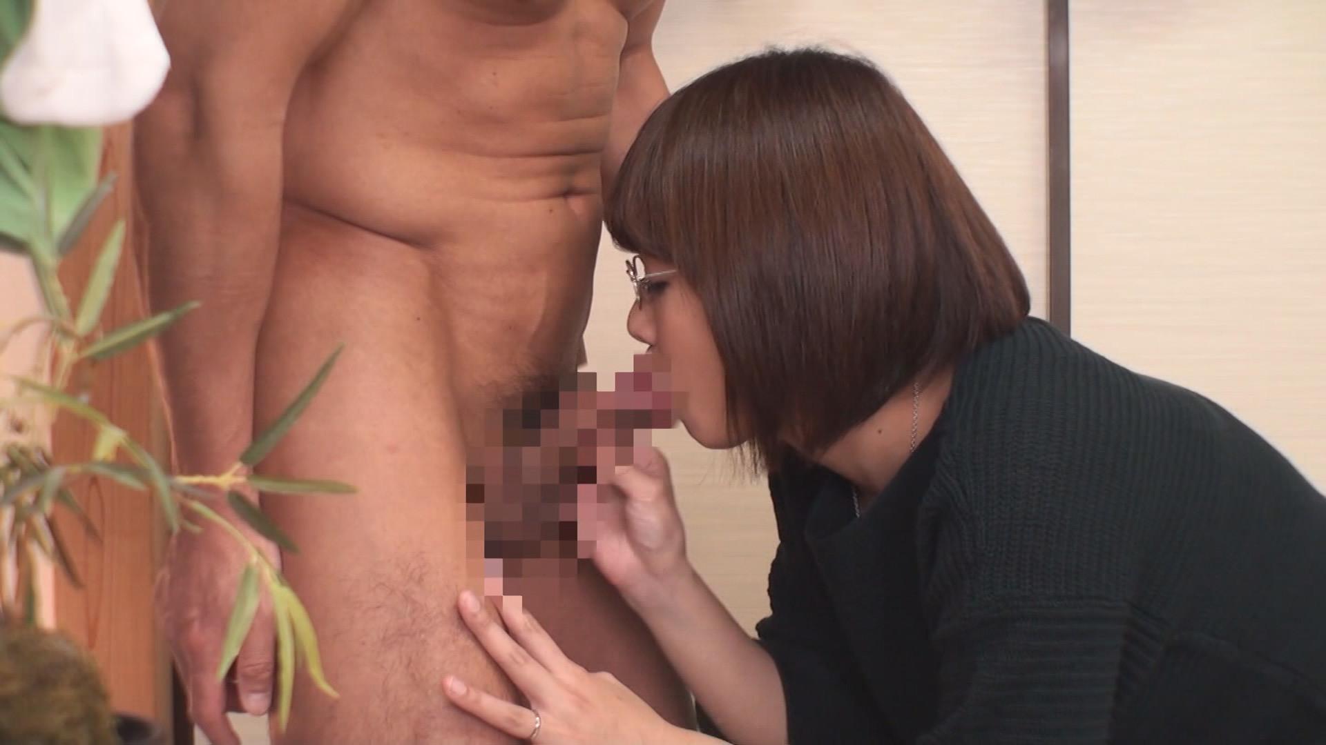 (秘)隠し撮り映像流出!! ボクがコーチを務める少年野球チームのママさんと皆には絶対内緒の濃密不倫! 中年おばさんの赤裸々なSEX 12 画像2