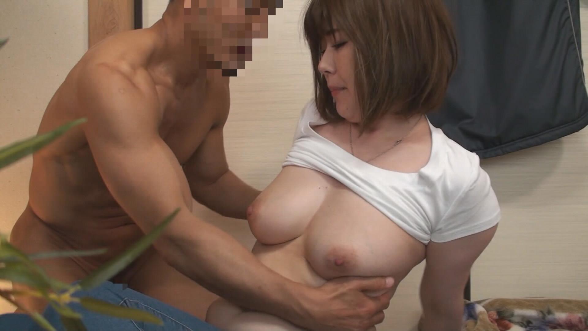 (秘)隠し撮り映像流出!! ボクがコーチを務める少年野球チームのママさんと皆には絶対内緒の濃密不倫! 中年おばさんの赤裸々なSEX 12 画像5