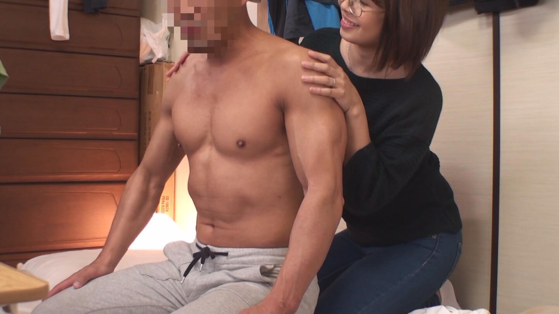 (秘)隠し撮り映像流出!! ボクがコーチを務める少年野球チームのママさんと皆には絶対内緒の濃密不倫! 中年おばさんの赤裸々なSEX 12 画像10