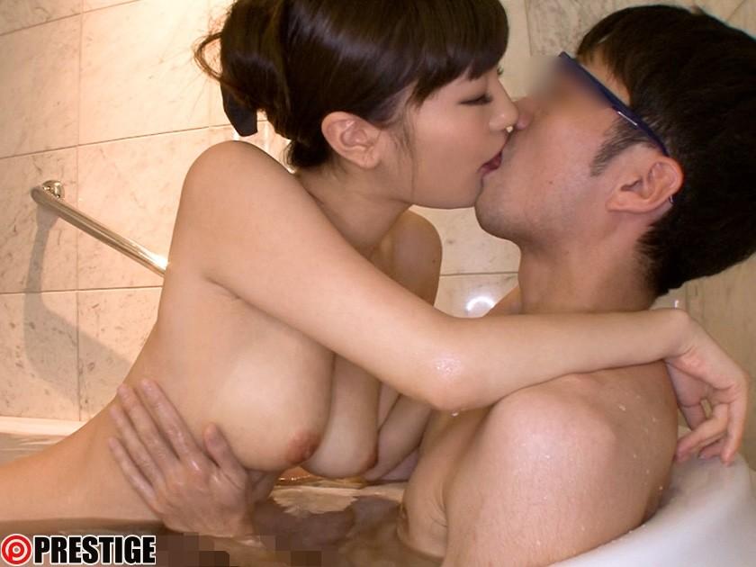 黒川サリナの極上筆おろし 17 Fカップ国宝級ボディーに童貞精子を出しまくる 画像8