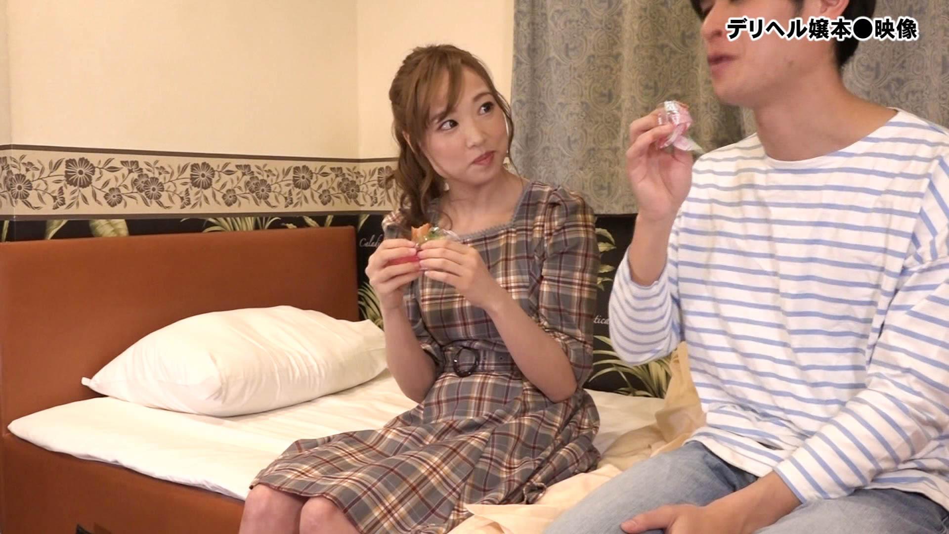 流出!デリヘル嬢本●映像(1)~都内有名店MのNo.1かれんちゃん26歳2