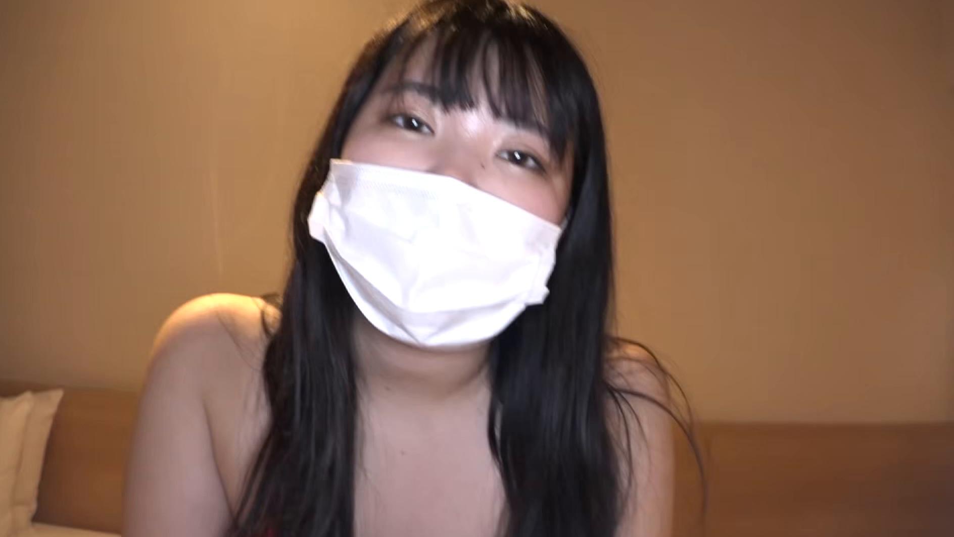 マスク着用を条件に自宅でエッチな撮影を了承してくれた普通の女子大生 ももちゃん 22歳,のサンプル画像27