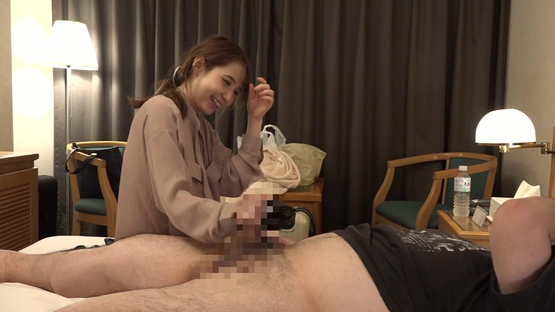 童顔人妻!福井のビジネスホテルで出会った美人マッサージ師・城石さんのおま●こが忘れられないので再び泊まって呼んでみたら中●しできちゃった 画像4