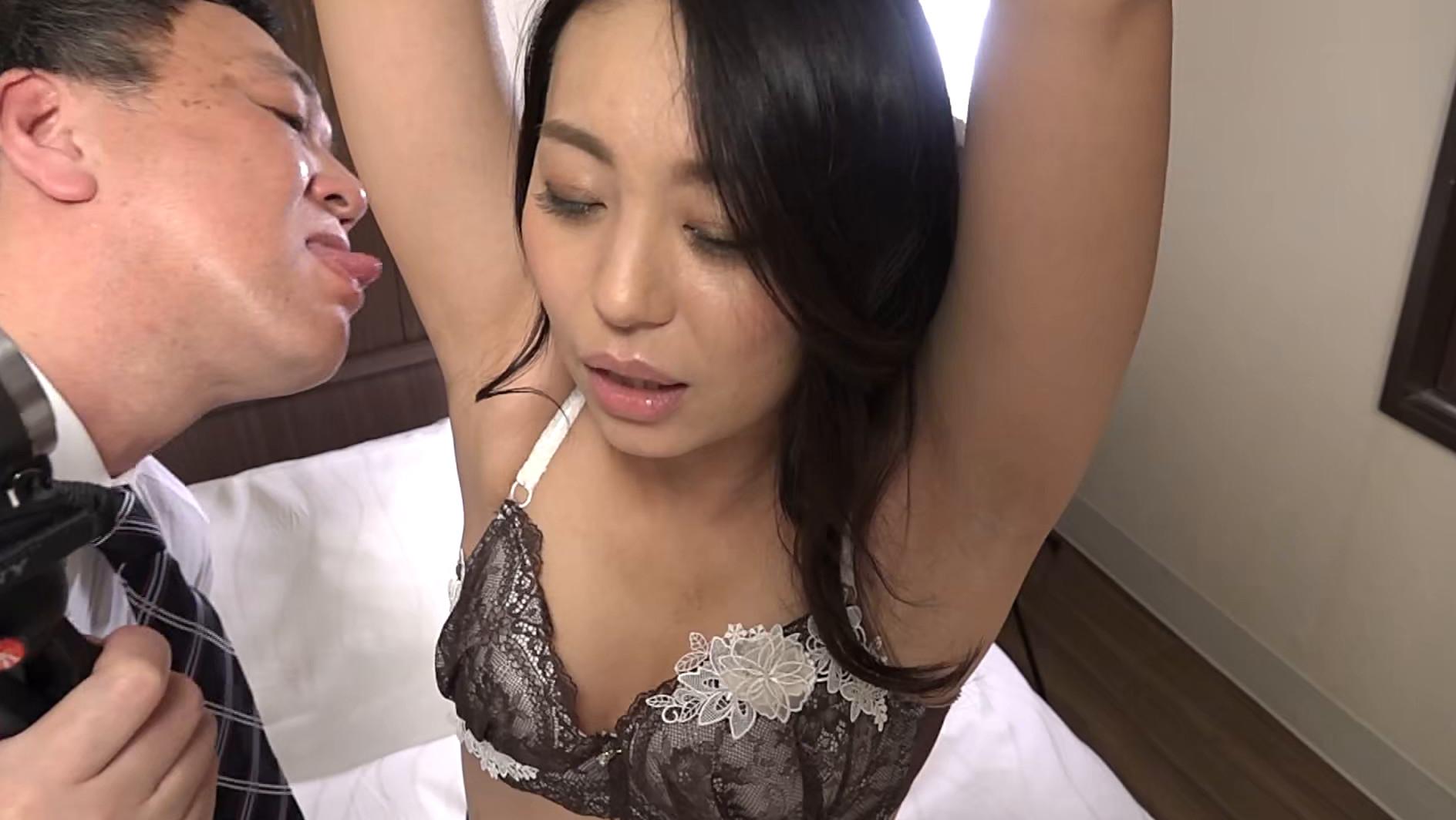 訳あり熟女の初撮りAVに完全密着(2)~複数プレイがしてみたい・和奈さん(35歳)&SEXが好きすぎて・百合さん(40歳) 画像17