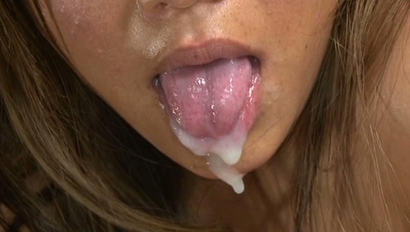 伝説のゴックン! 開口精飲喉通しドキュメント なんでもできるピンサロ嬢 松下ゆうか 画像8