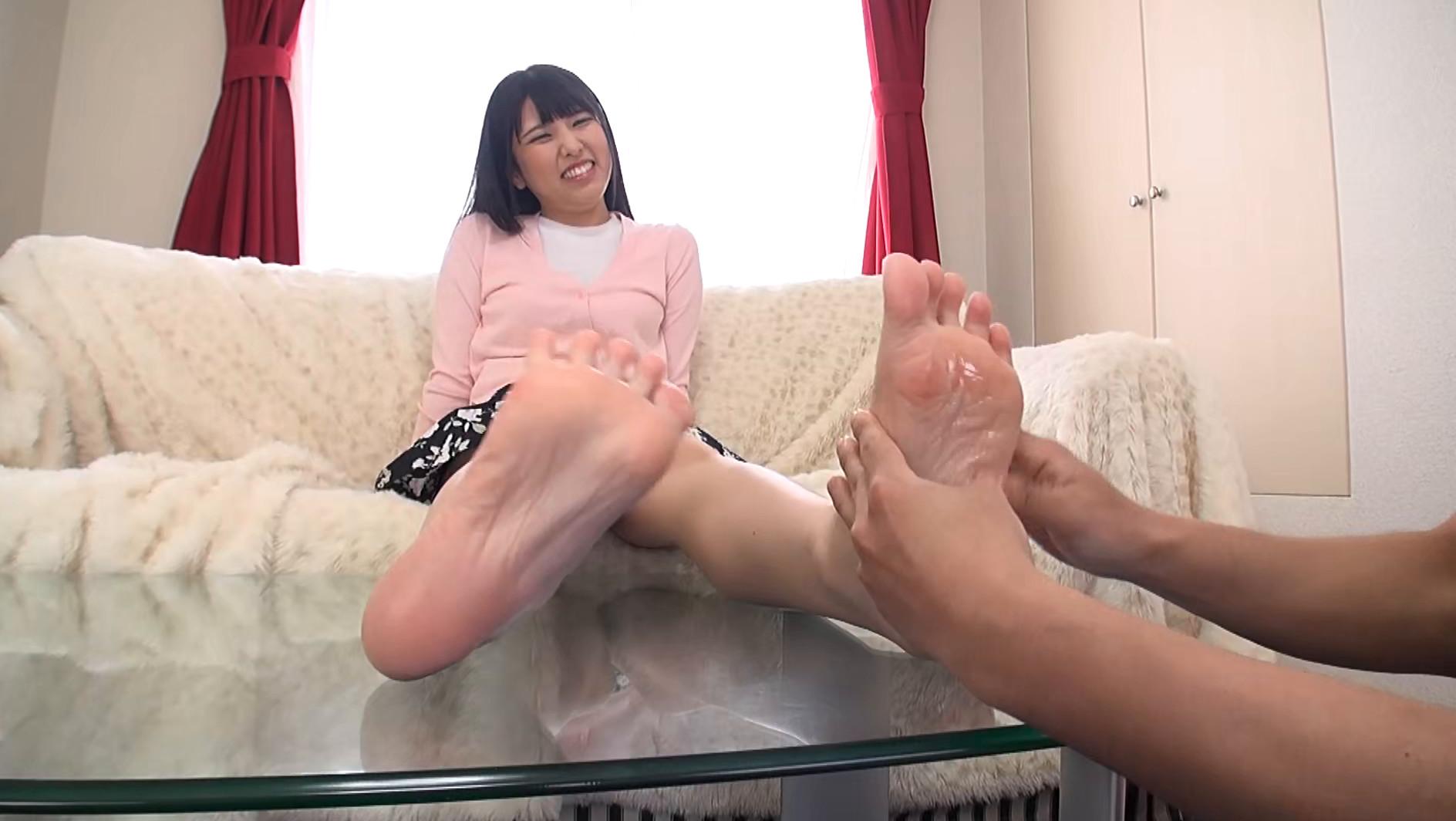 美女たちの足裏をふやけるまで舐めたい! Ⅱ 画像8