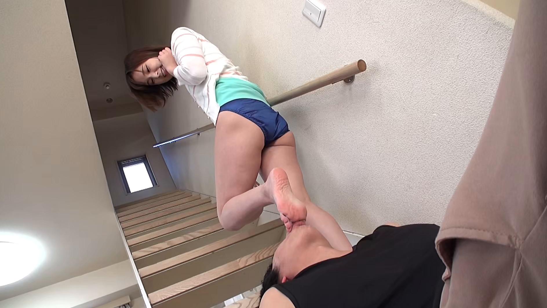 美女たちの足裏をふやけるまで舐めたい! Ⅱ 画像21