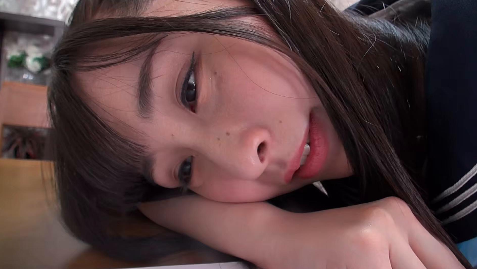 足を伸ばせば貴方もシンクロ!もう足ピーンしか愛せない! 成田つむぎ 画像3