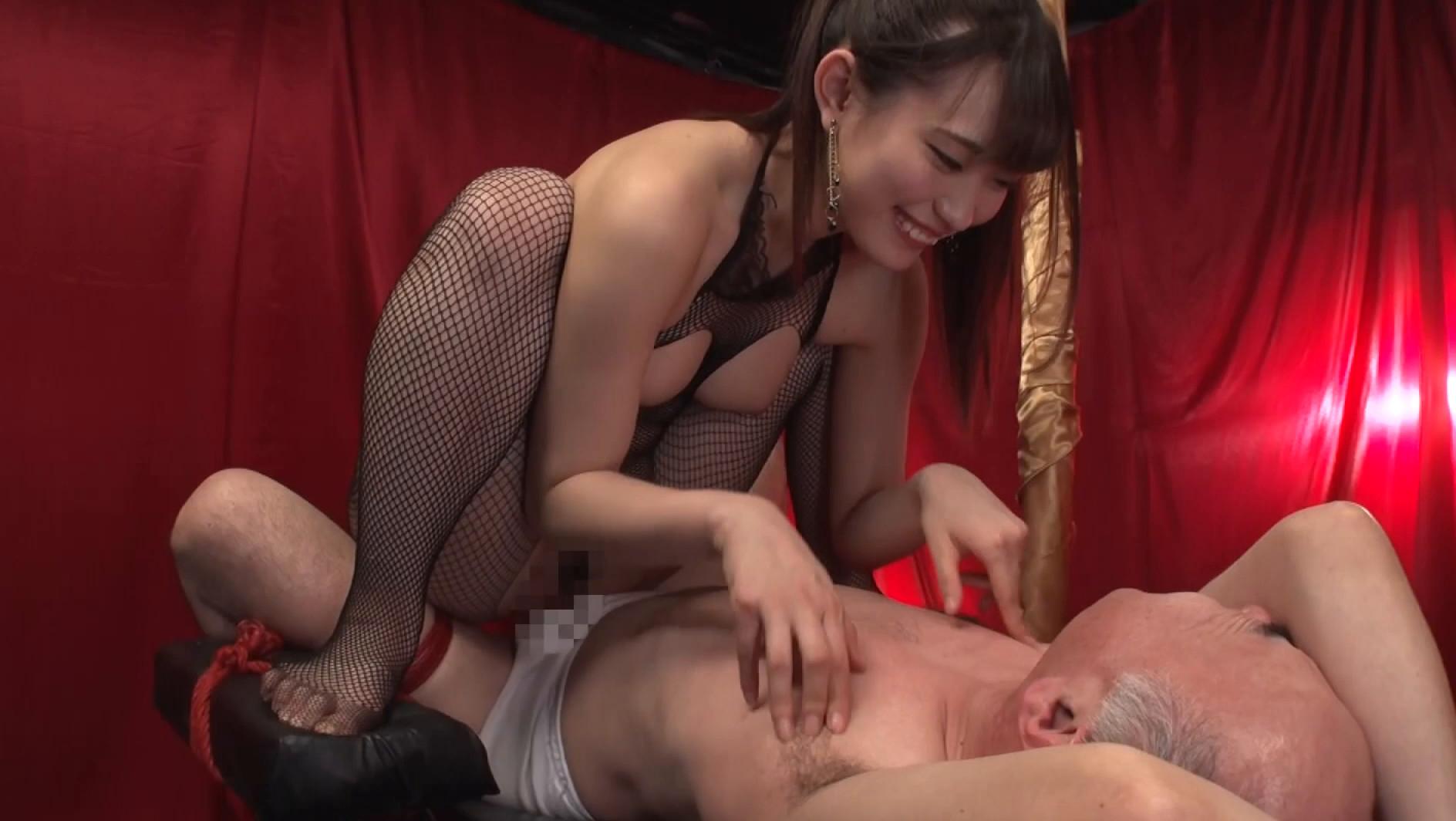 ドS痴女のM男弄び ベロキス手コキ乳首責め 4時間 画像9