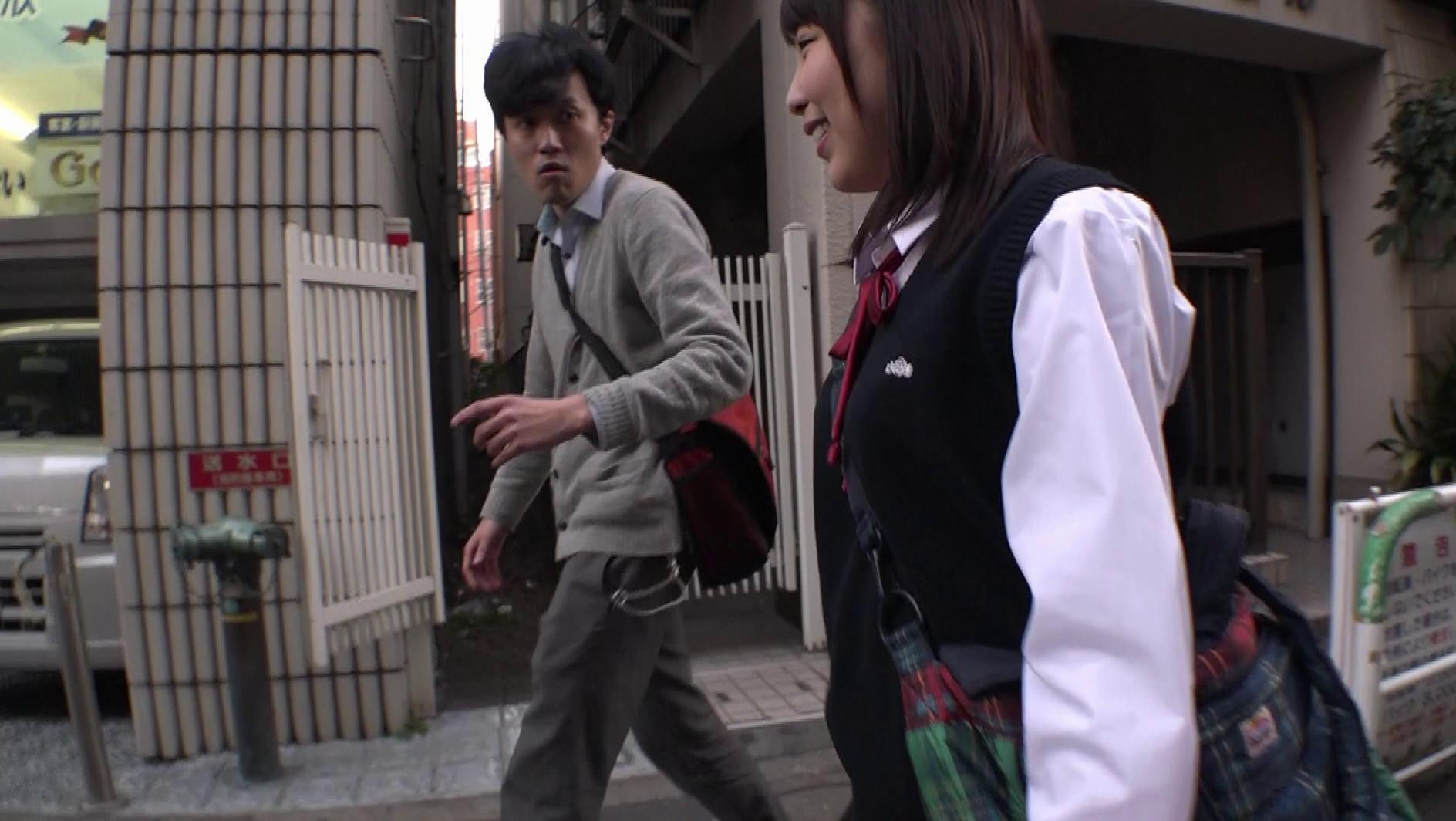 """修学旅行で東京に来たイモだけど超絶かわいい田舎女子高生を""""読モ""""にしてあげる、とダマして中出し、お友達を電話で呼び出させてその娘もレイプ 画像15"""