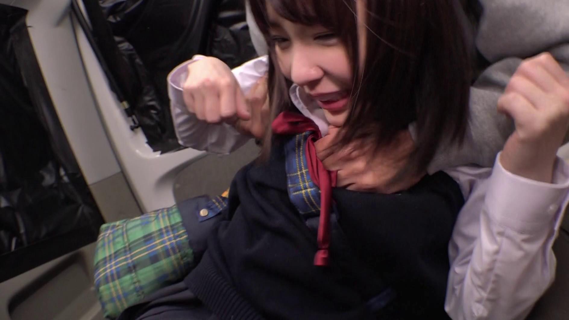 """修学旅行で東京に来たイモだけど超絶かわいい田舎女子高生を""""読モ""""にしてあげる、とダマして中出し、お友達を電話で呼び出させてその娘もレイプ 画像16"""