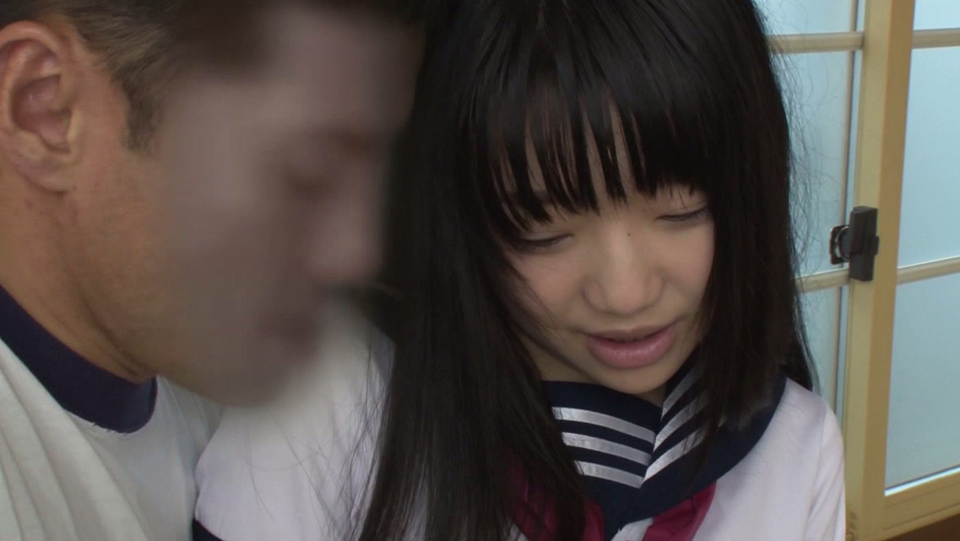 偶然見えたカワイイ女子校生の純白パンチラ 視線に気づき頬を真っ赤にするも、実はHに興味津々。挙句に告白までされて、そのまま中出ししちゃいました!5