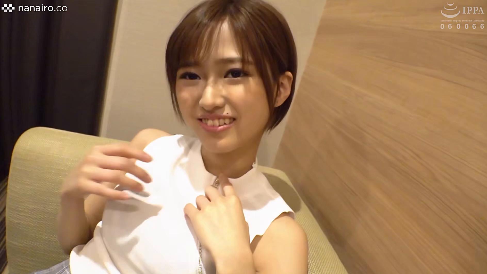 S-Cute with まな(20) 久しぶりに会えた恋人と制服でハメ撮りH