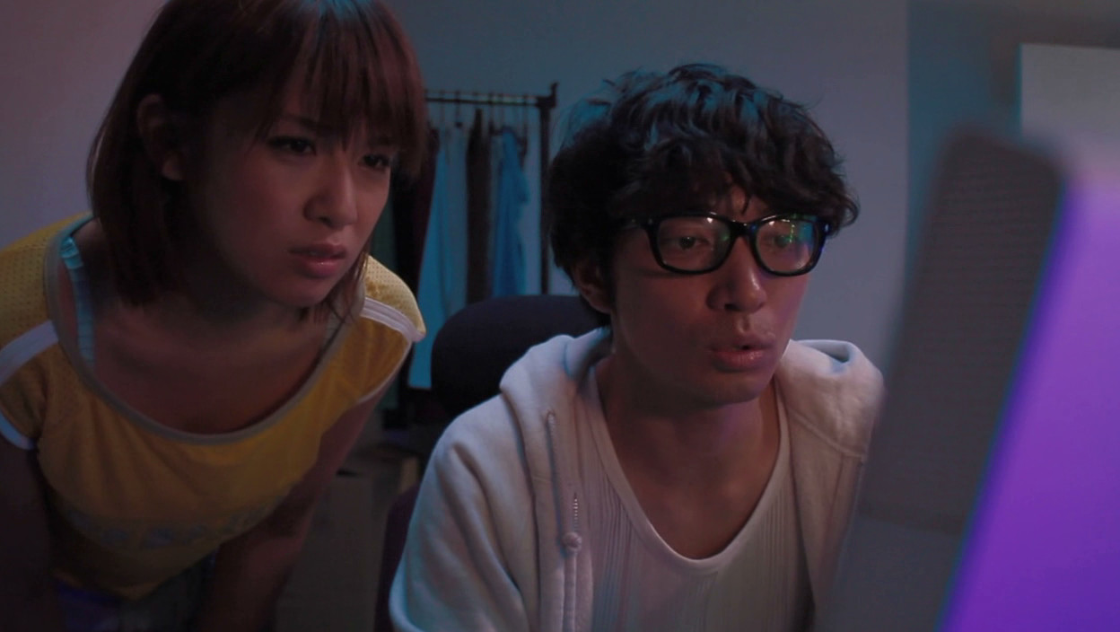 スケスケ透視メガネで覗かれた! 遠野千夏 古崎瞳16