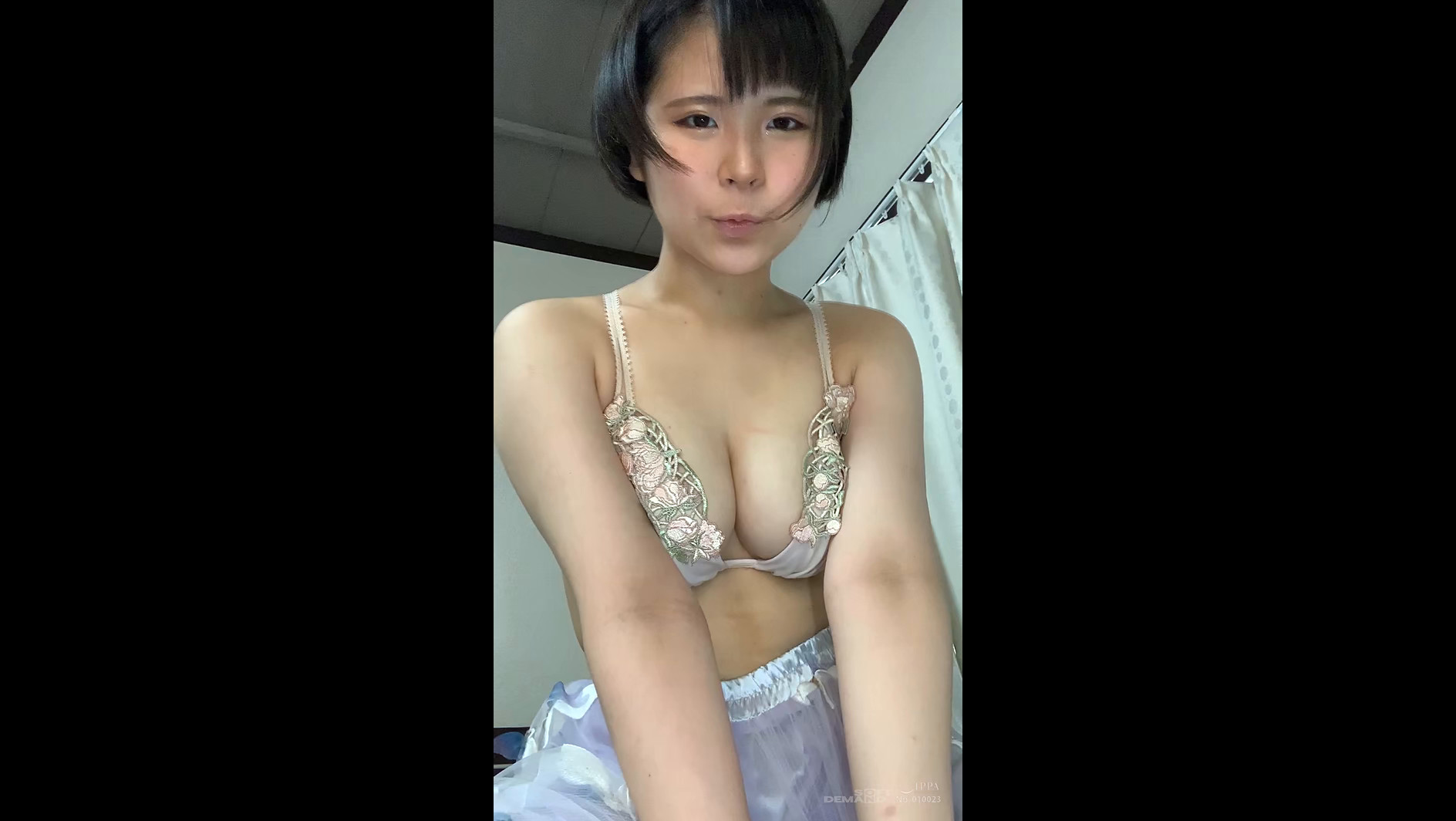ビデオ通話エッチ JOI ゆり 【縦動画】 画像5