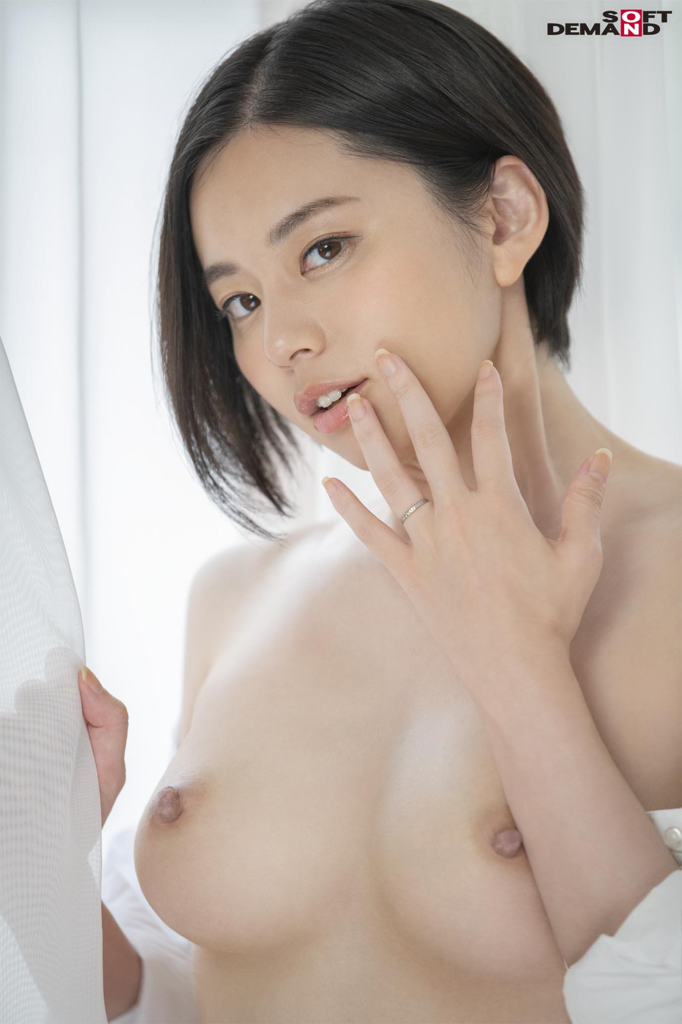 南アルプスの湧き水よりも澄み切った120%天然素材の美人妻 平井栞奈 34歳 第3章 「精子飲みたくて仕方ないんです」一滴残らず他人ザーメンごっくん7発! 画像2