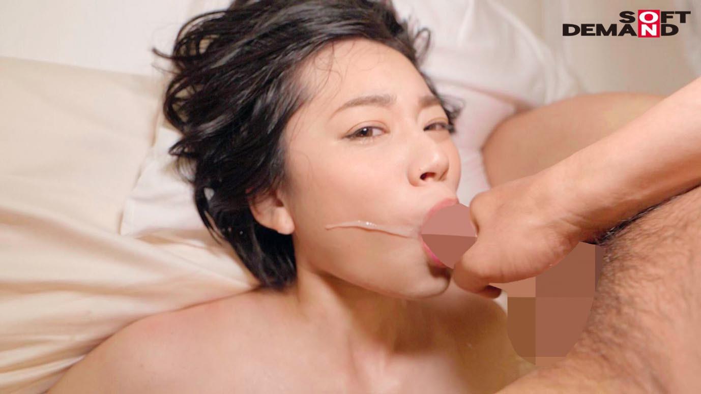 南アルプスの湧き水よりも澄み切った120%天然素材の美人妻 平井栞奈 34歳 第3章 「精子飲みたくて仕方ないんです」一滴残らず他人ザーメンごっくん7発! 画像14