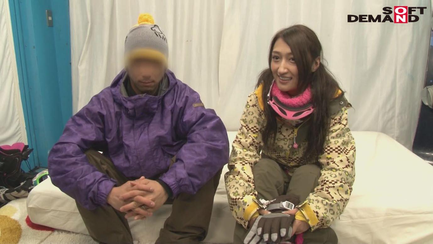 「カップル限定」マジックミラー号の中で、自慢の彼女を「寝とって」真正中出し! ユミさん(25)ガス会社受付