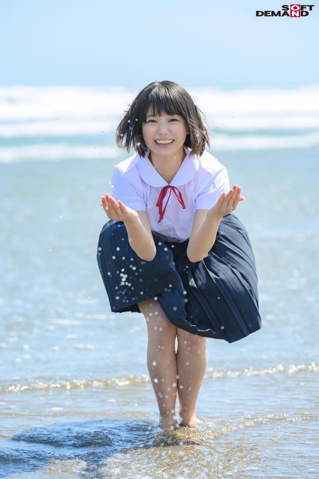 未成熟なカラダ、あやうい美少女 18歳 SOD専属AVデビュー 桃乃りん 画像2