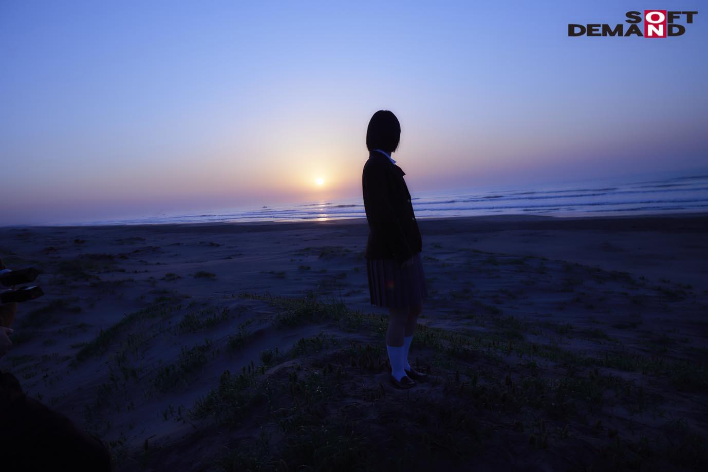 未成熟なカラダ、あやうい美少女 18歳 SOD専属AVデビュー 桃乃りん 画像8