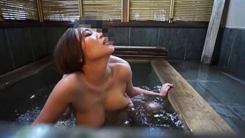 濡れる不倫温泉 留美6