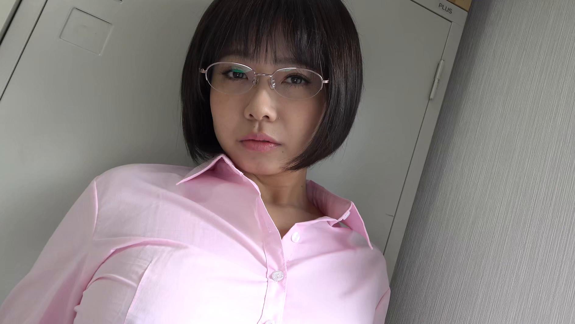 パイパンヌード~無修正・巨乳Fカップ・美熟女~ 赤瀬尚子1