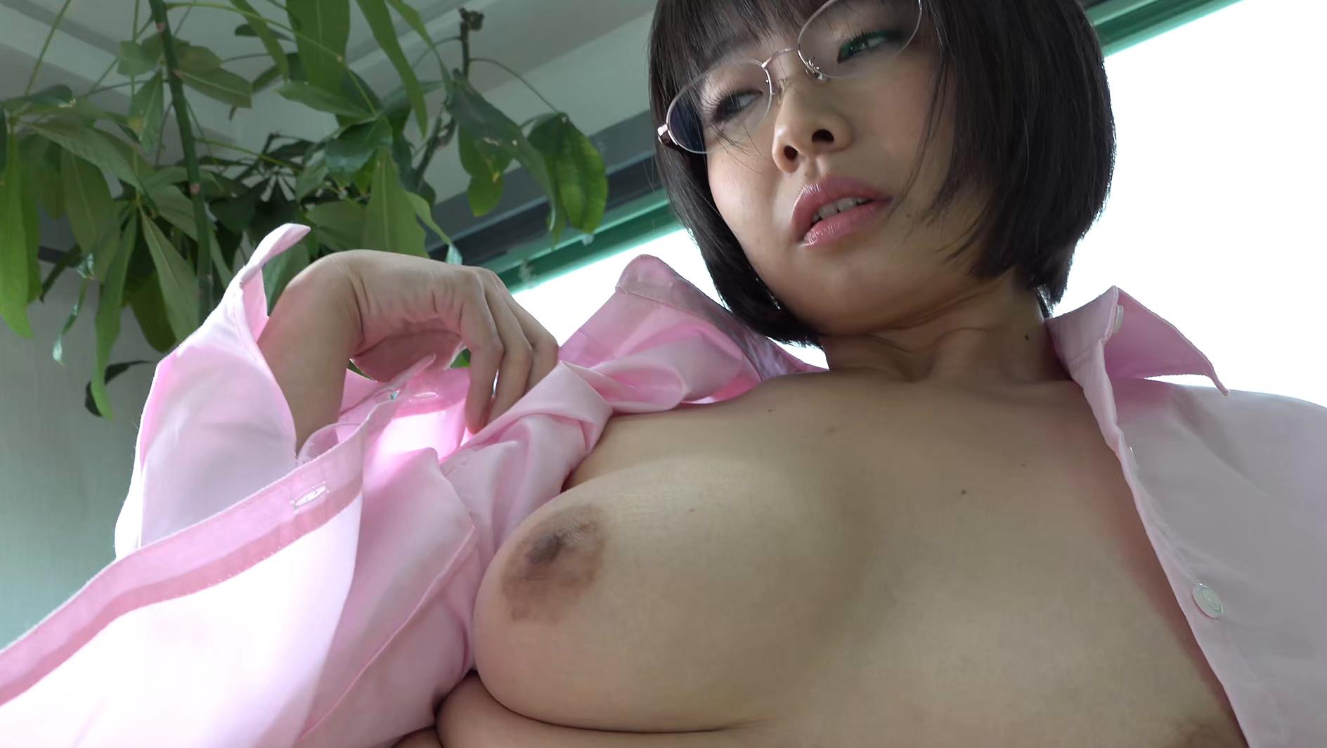 パイパンヌード~無修正・巨乳Fカップ・美熟女~ 赤瀬尚子2