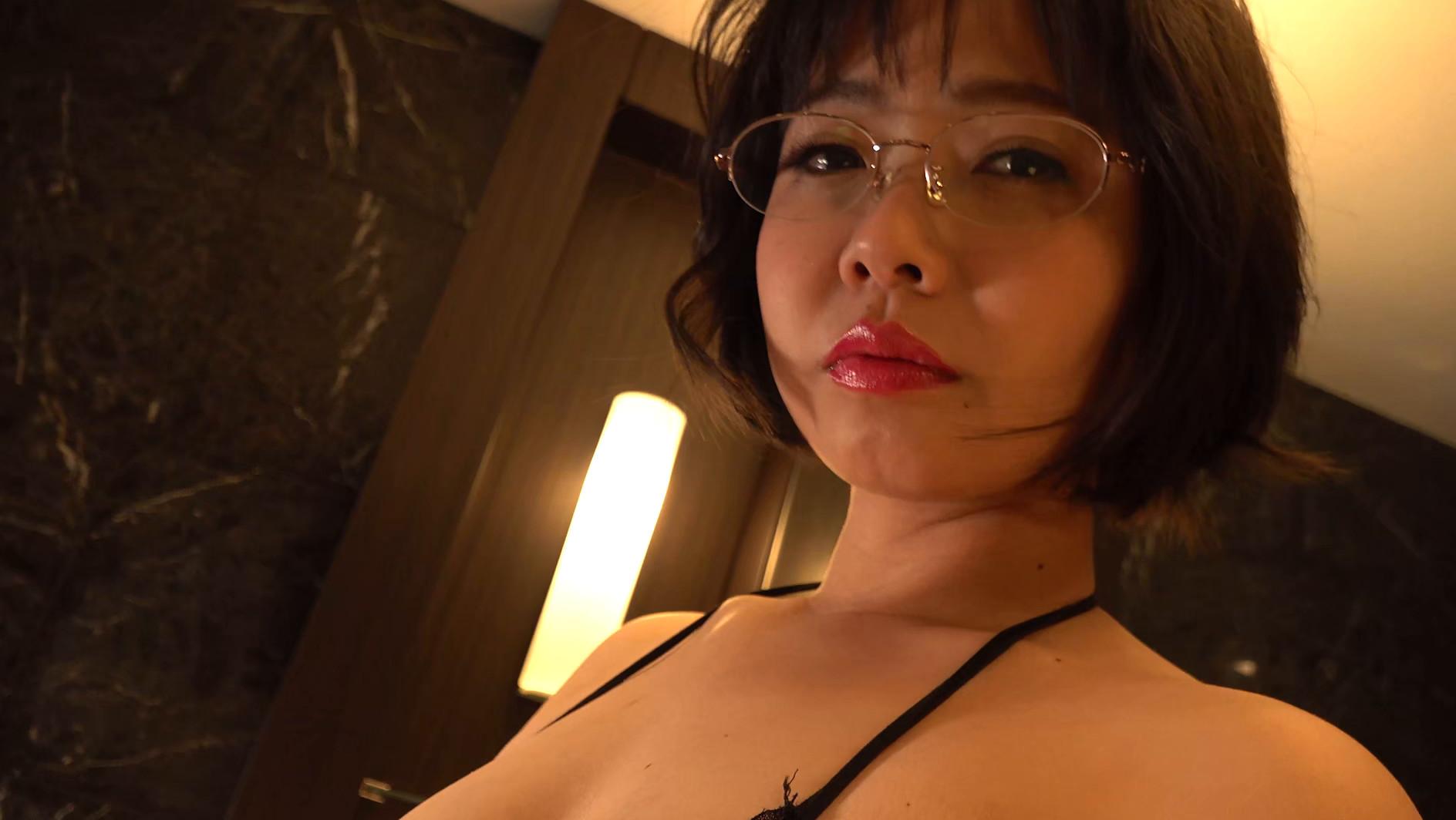 パイパンヌード~無修正・巨乳Fカップ・美熟女~ 赤瀬尚子19