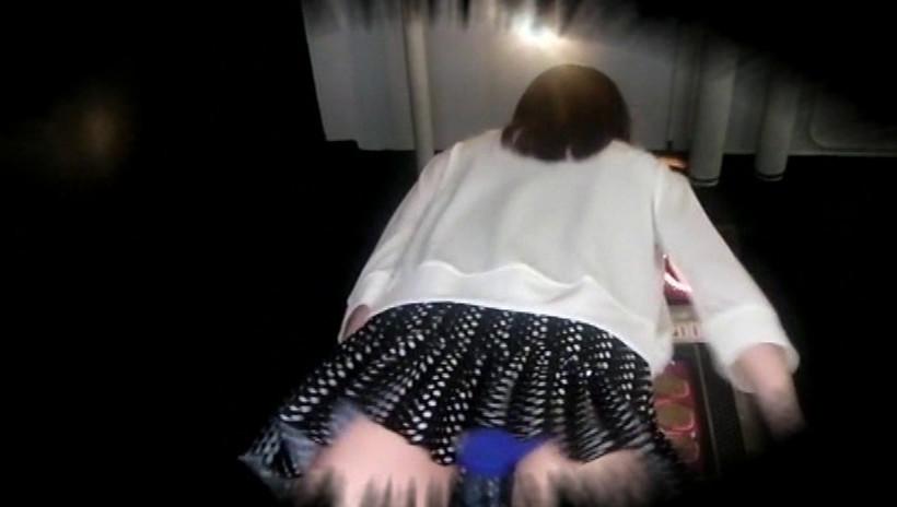 かわいい女子高生の制服と私服 股間とむっちりふともも 画像11