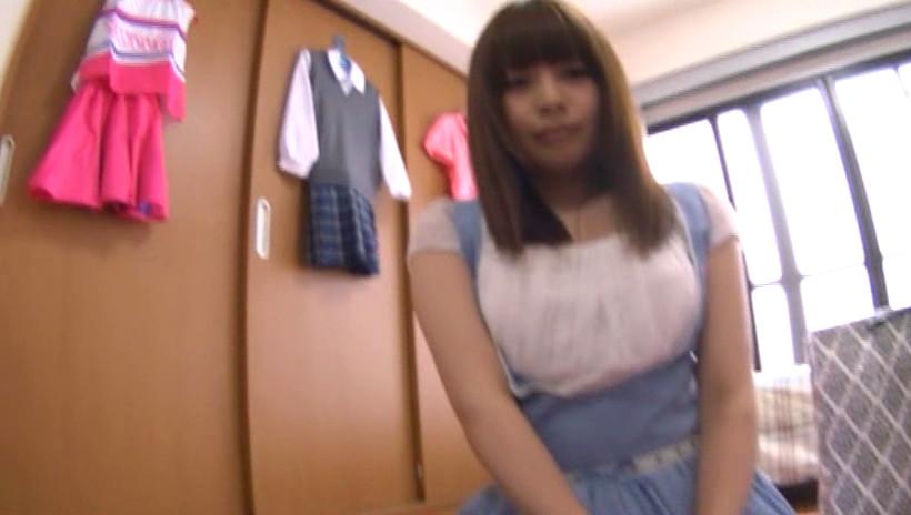 話題の有名動画サイトに出てる超カワイイ素人娘をAV出演させました。4