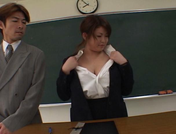みならい先生 超巨乳痴女19才 水森裕子 画像4