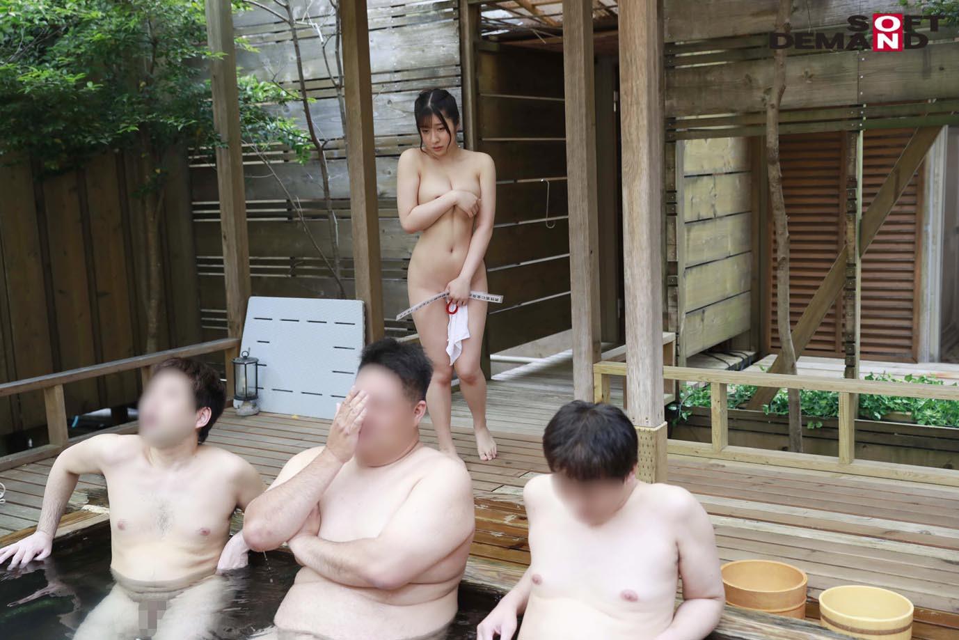 完全撮りおろし!激カワ素人が「男性客の大事な部分に口だけで輪投げをする」に挑戦! さらさん 推定Fカップ タオル一枚 男湯入ってみませんか?