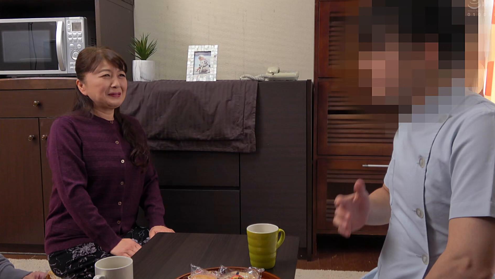 祖母の誕生日にマッサージ師を呼んで性感マッサージをさせたら・・・野沢登代さん(62) 画像1