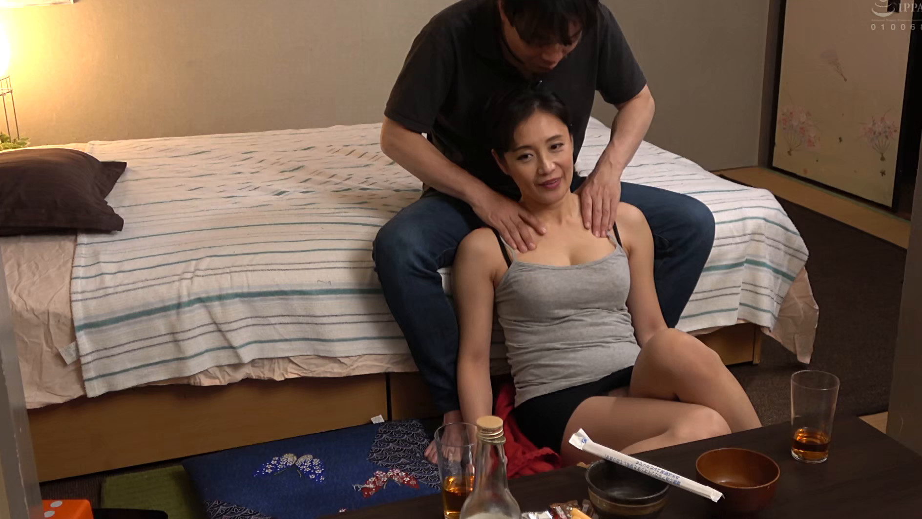 飲み屋でナンパした美熟女を部屋に連れ込み生ハメSEX 180分 画像19