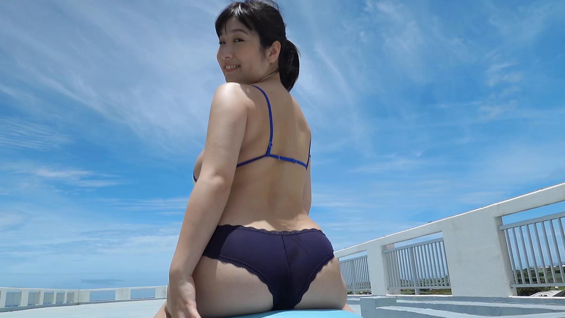 二人っきりの南国生活 桐山瑠衣15