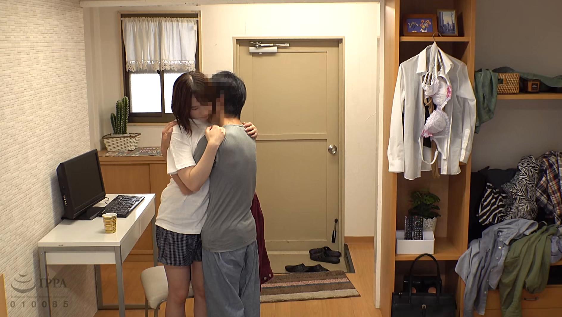 一人暮らしを始めた僕の部屋へ通う姉と近親相姦盗撮性交 画像17