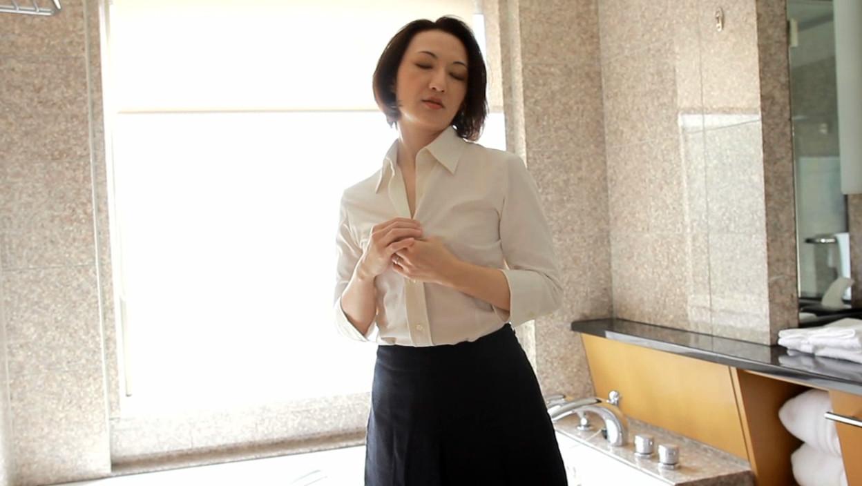 アナルと中出しと熟女 007 花島瑞江 画像1
