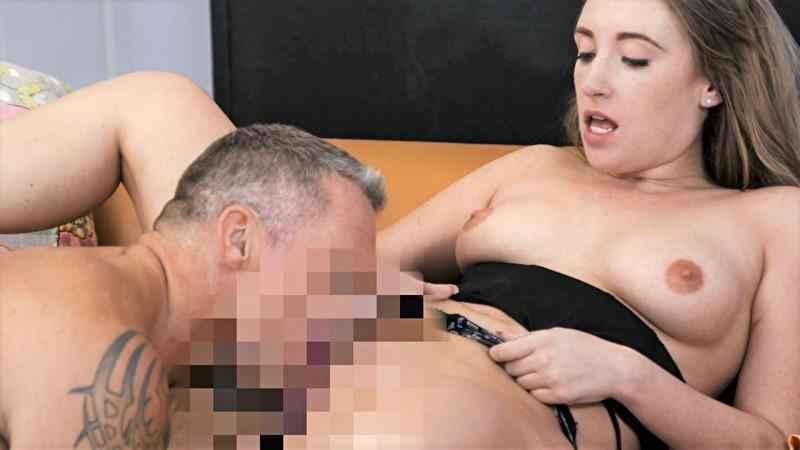 性欲ギャル×年上男のまぐわい マッスルボディの力強いピストン/誘惑するエロ女たち
