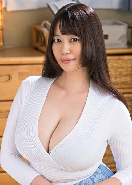 江梨子ママ 42歳