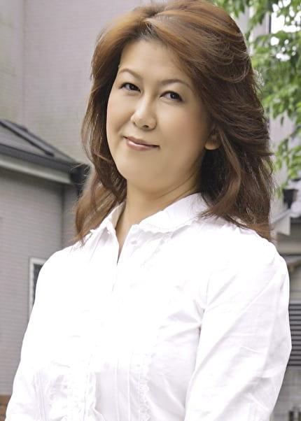 佐知子 53歳