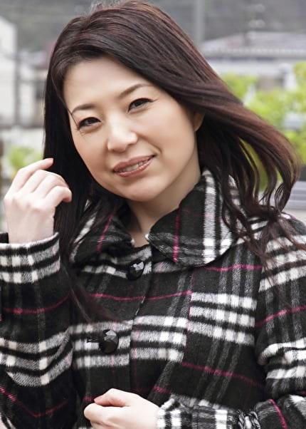智美 44歳