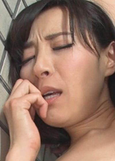 谷原希美【外階段で恥じらいの濃厚SEX】