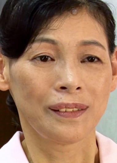 梓(56歳)ふわふわ乳房