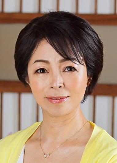 京子〈57歳〉白い柔肌