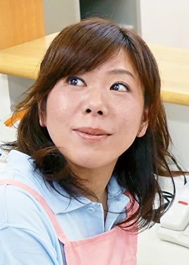 ナオミ(46歳) スケベな介護師
