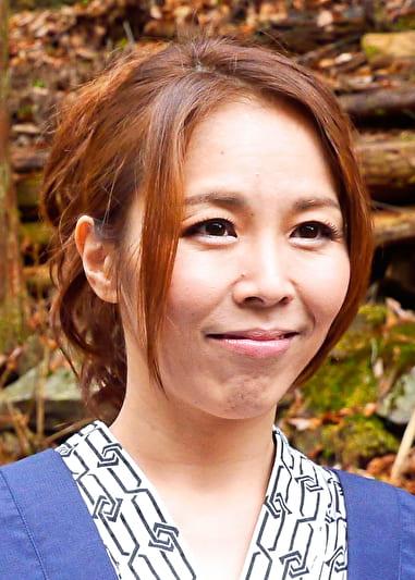 京子 (43歳)旅先でばったり出会った元カレと・・・